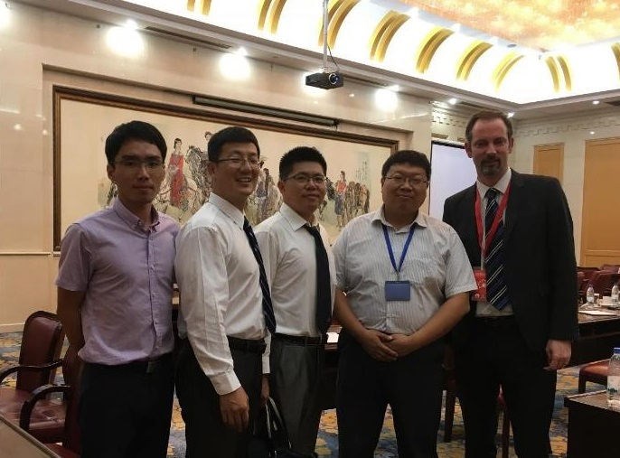 Staff from the Water and Ecology Branch, Jinan Environmental Research Academy, and the Department of Environmental Protection of Shandong Province meeting with Goyder Institute research manager, Daniel Pierce.